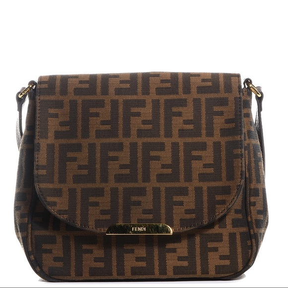 Fendi Handbags - 100% Authentic Fendi Crossbody b3cad637cd93b